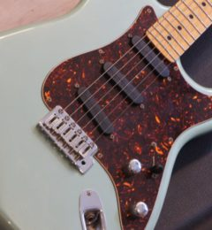 GuitarShopサウンドナインお茶の水店! 商品情報! ギター売るのも買うのもサウンドナイン!